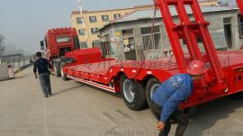 厂家直销13.75米勾机板半挂车挖掘机运输半挂车