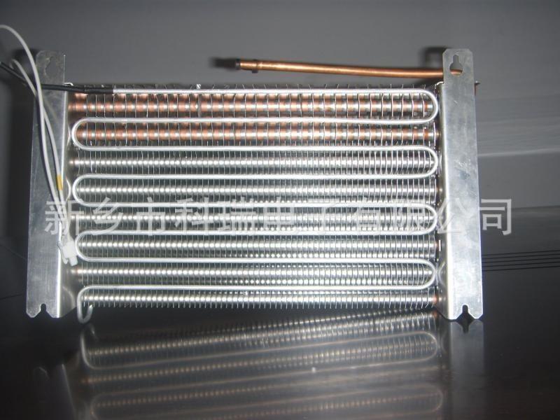 供應銅管翅片蒸發器100
