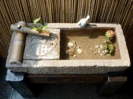 石槽鱼缸 石槽 石槽鱼缸价格 盛美雕塑