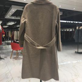 一手尾貨供應武漢品牌女裝折扣店