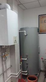 换热水箱壁挂炉换热水箱