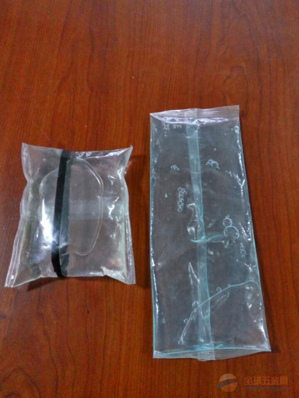 背封PE材料熱熔外帶醬油小包複合膜立式液體中封單模包裝機