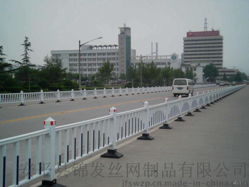 道路中间隔离护栏|道路护栏厂家