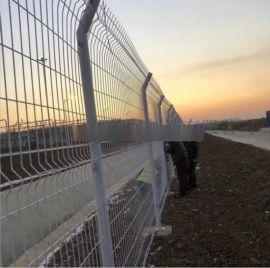 小区场区桃型立柱护栏双边三道折弯防撞隔离三道弯护栏