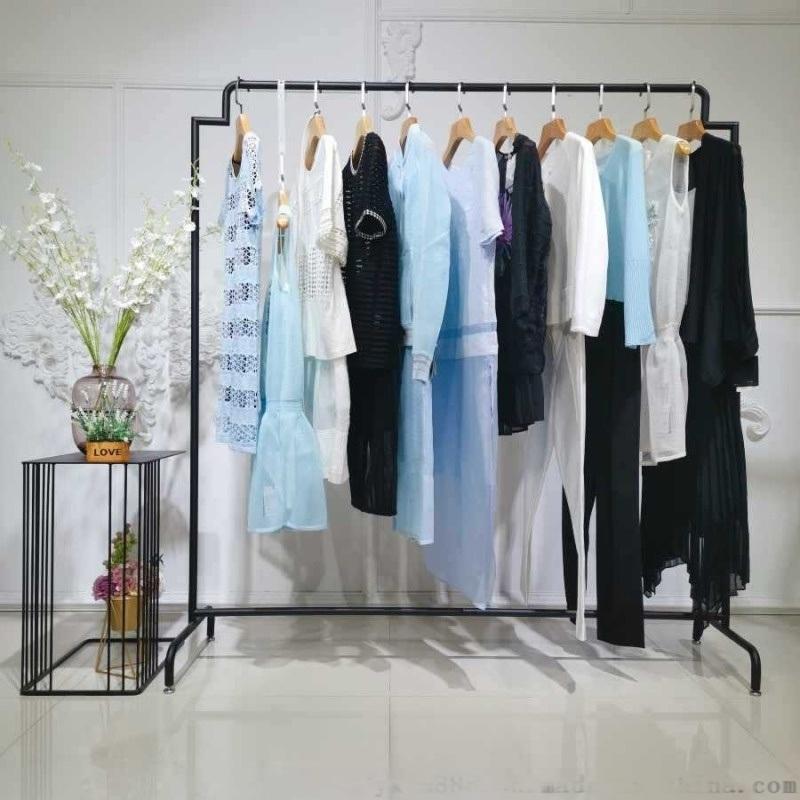 高檔大碼女裝品牌唯衆良品的  庫存尾貨服裝女式T恤三綵女裝地攤工作服尾貨