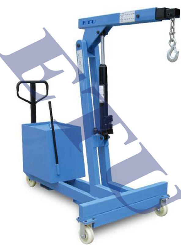 ETU易梯优, TMC550型平衡重式单臂吊, 双活塞油缸设计, 效率翻倍