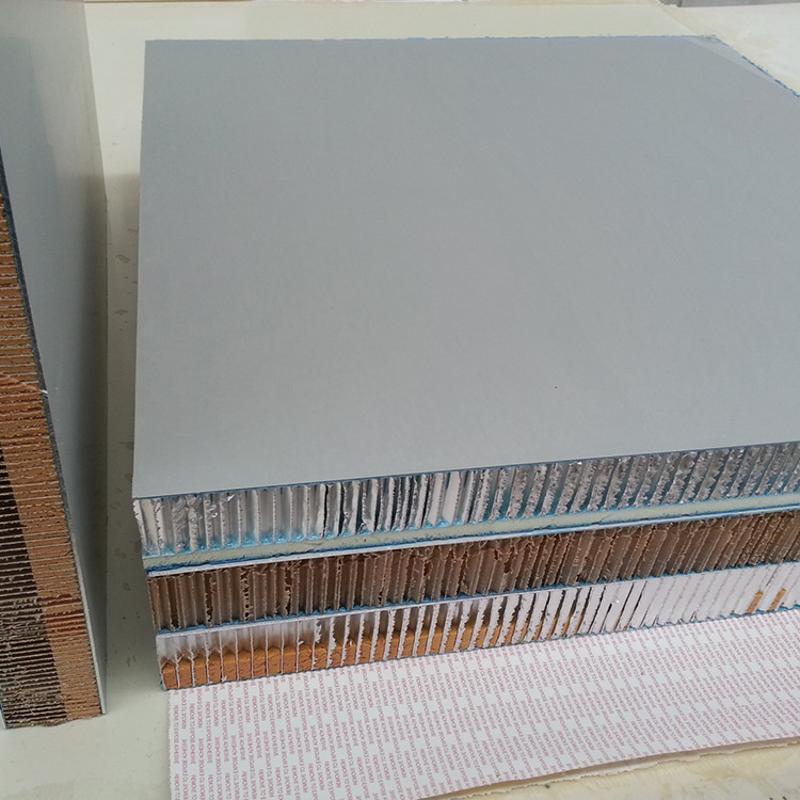 仿木紋鋁合金蜂窩板幕牆吊頂電影院KTV隔音鋁蜂窩板