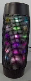 2015年新款LED脉动炫彩蓝牙插卡音响迷你音响
