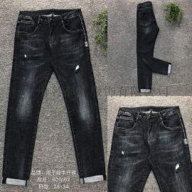 供应高档休闲时尚男装牛仔裤一手货源