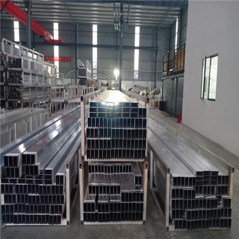 厂家大量现货库存四方管U型槽铝方管木纹铝方通吊顶
