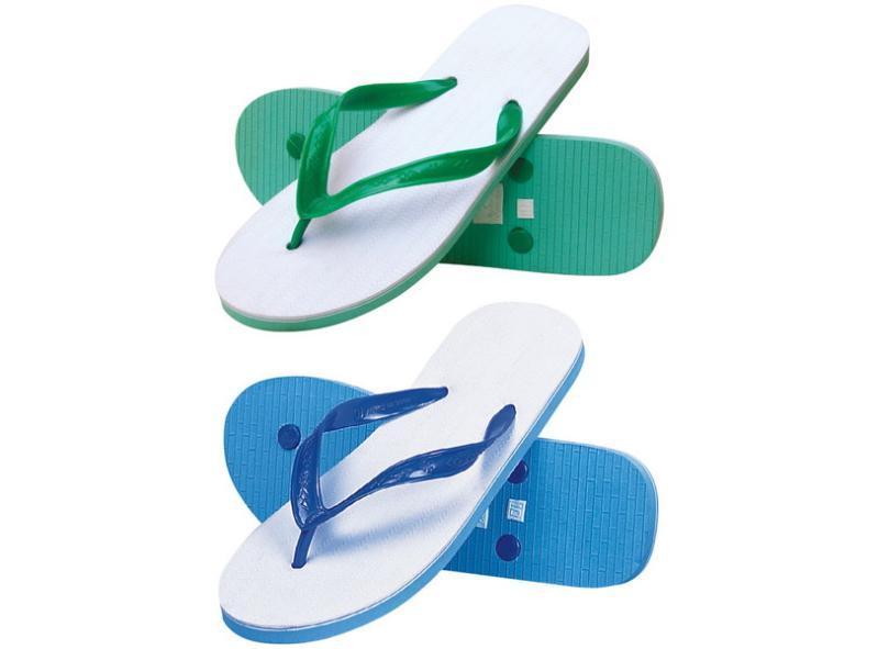 PVC发泡塑料微孔经典拖鞋