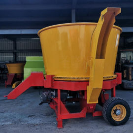 牛场多功能大型圆盘粉碎机,电动养殖圆盘粉碎机