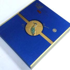 广州硬纸板化妆品包装盒 烫金LOGO礼盒书型翻盖盒