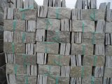可用黑色、鏽色、綠色、灰色生產,顏色可混合,特殊要求定做。常規如下:    1、多邊形0.125平方/塊,每塊由6-8拼組成厚度爲1-1.4CM板;    2