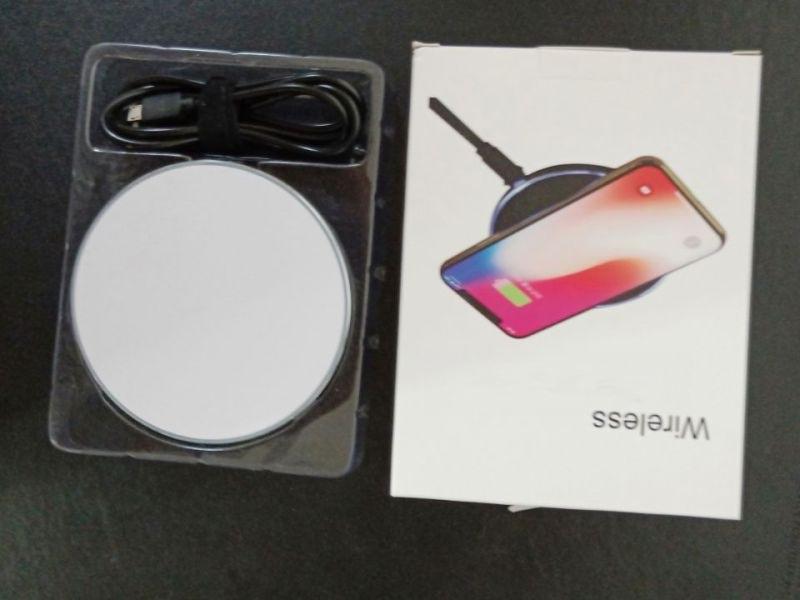 手机无线充电器qi无线充支持7.5W苹果三星10W