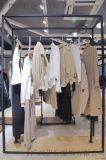 維依成都女裝品牌尾單折扣批發折扣女裝 杭州哪余有批發服裝尾貨的淺藍色連衣裙