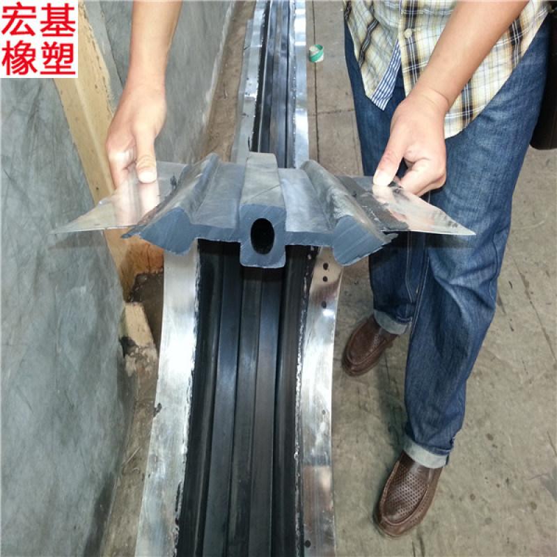 钢边橡胶止水带厂家,中埋式钢边橡胶止水带生产厂家