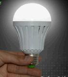 2016外貿新款LED智慧應急球泡燈