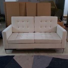 布艺皮革双人位沙发现代简约家具定制
