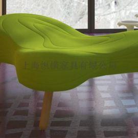 德国VS进口国际家具学生课桌椅Shitf+灵活学习空间的家具概念