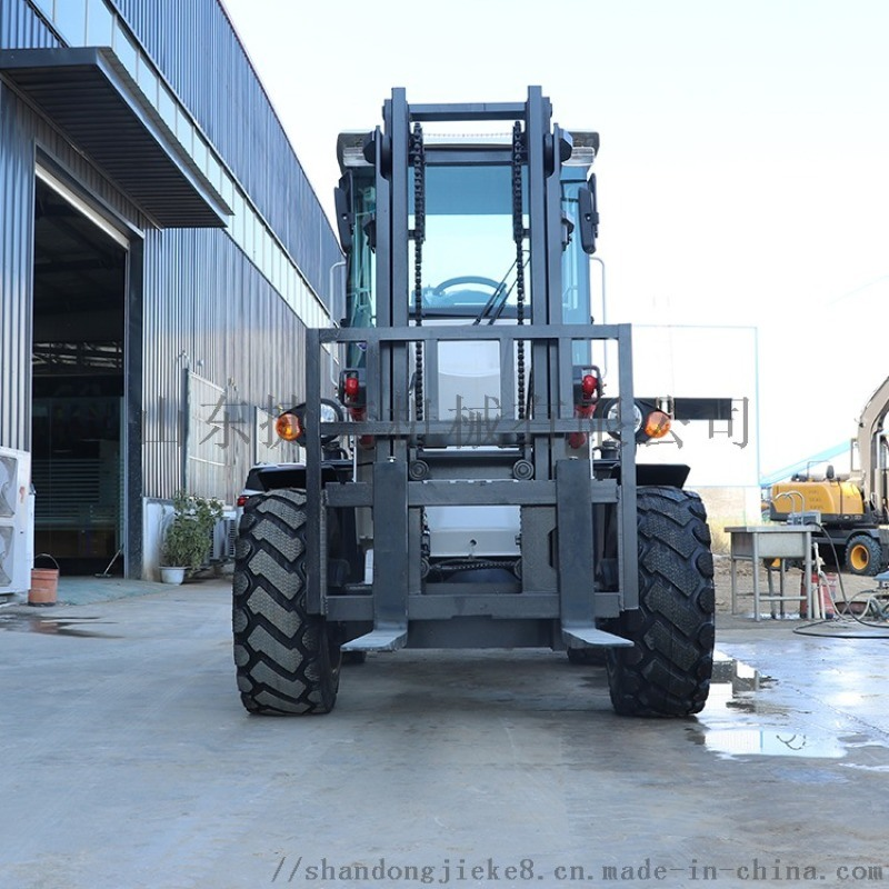 3.5噸越野叉車 廠家定製升高4.5米叉車捷克
