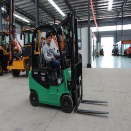 1.5吨四轮电动叉车 座驾式全电动叉车 冷库电动叉车