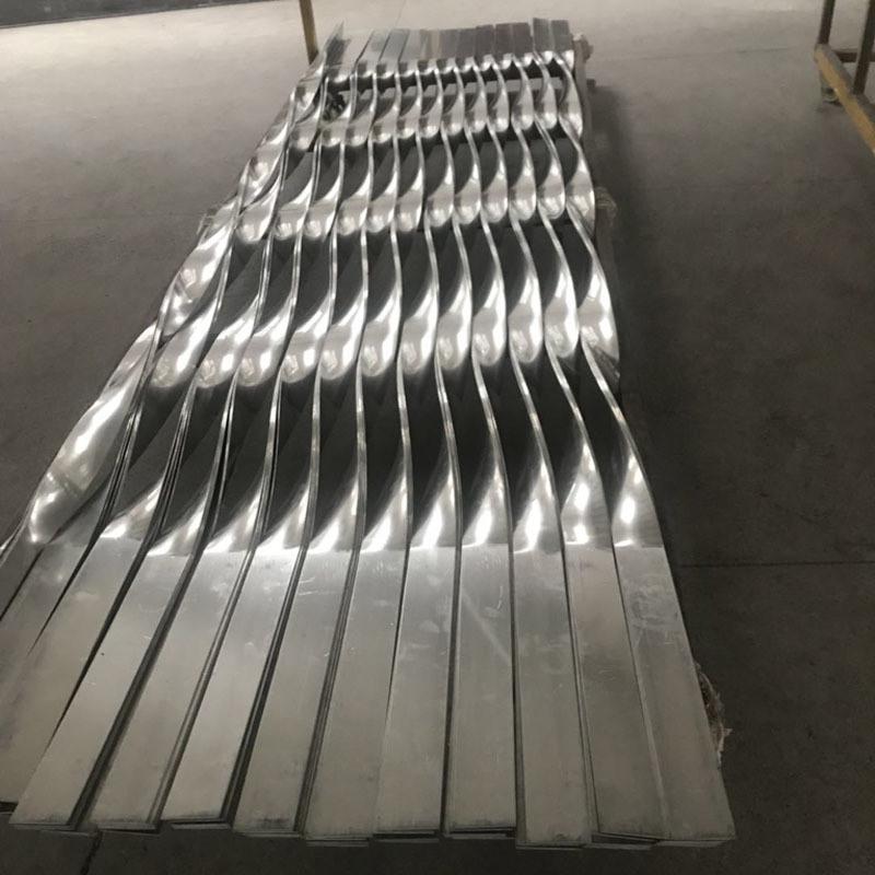 合金扭曲铝板 金华扭曲铝板 仿真木纹扭曲铝板