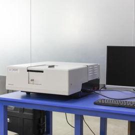岛津的UV-2550PC/型紫外分光光度计