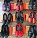 跑江湖地攤中老年女鞋媽媽軟布鞋25元模式供應商