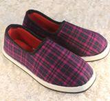 女款帆布鞋批發休閒布鞋廠家直銷女款北京布鞋批發