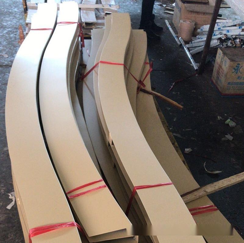 木纹铝方通吊顶 弧形木纹铝方通厂家定制