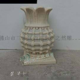广东砂岩雕塑厂家菠萝灯园林景观雕塑灯