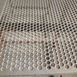 加工订购不锈钢304六角孔穿孔板镜面装饰冲孔机械设备通风透气网