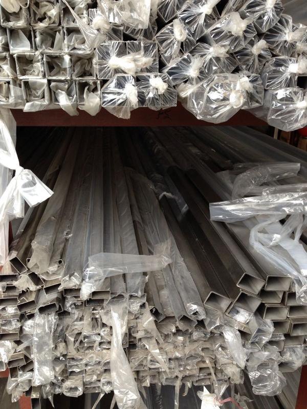 现货304不锈钢管出售 正宗304不锈钢拉丝方管