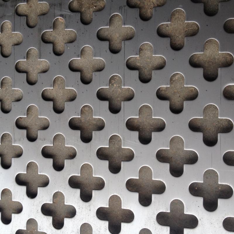 厂家定做304不锈钢冲孔网 外墙图案孔板 十字孔铝板装饰冲孔网