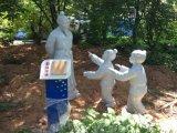 玻璃鋼卡通豬雕塑  吉祥物玻璃鋼卡通雕塑