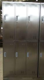 供应光森4门不锈钢衣柜 工艺剪板折弯焊接而成 定做不锈钢衣柜