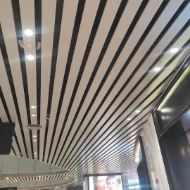 U型铝方通吊顶 50X100铝条板 白色铝格栅