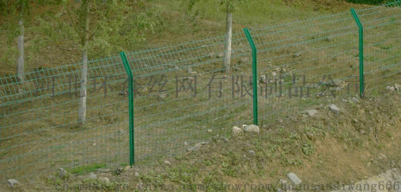 河北安平丝网厂双边丝护栏网 高速公路护栏网 护栏网