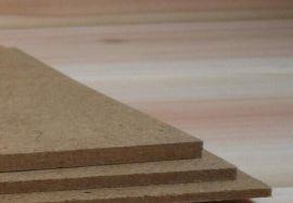 厂家直销低价出售中密度板纤维板