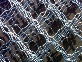 金栏筛网 镀锌美格网,浸塑美格网,养殖围网