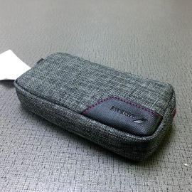 18新款 数据线充电器收纳袋 手机化妆包便携式防水数码包源头厂家
