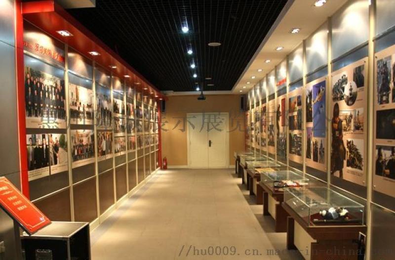 隆城展示 博物馆展示柜设计加工