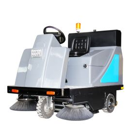 带喷水吸尘的扫路车扫地车清扫树叶效果好