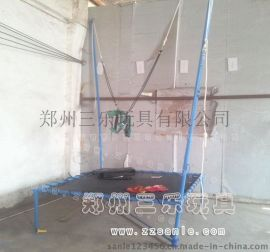 安徽淮南儿童蹦蹦床价格,户外高空钢架蹦极跳床价格