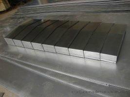 山东庆云奥兰机床附件制造有限公司生产1Gr13钢板防护罩