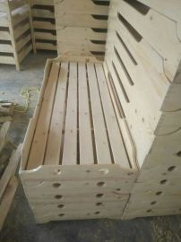 幼儿园实木桌椅 儿童实木床 松木桌椅 松木床
