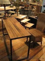深圳市典艺坊家具厂专业订做烧烤店桌椅 实木桌椅 火锅店家具 餐厅家具