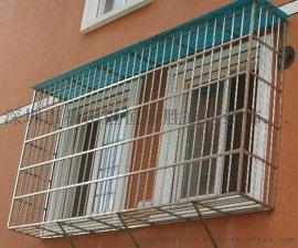 沙頭角不鏽鋼防盜網防護網鋁合金門窗隔音窗雨篷無框陽臺窗陽光房塑鋼門窗工程安裝中心