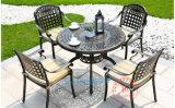 金属户外桌椅铸铝桌椅室外露台休闲桌椅五件套厂家